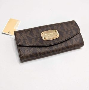 Michael Kors Slim Flap Wallet Jet Set Item Clutch